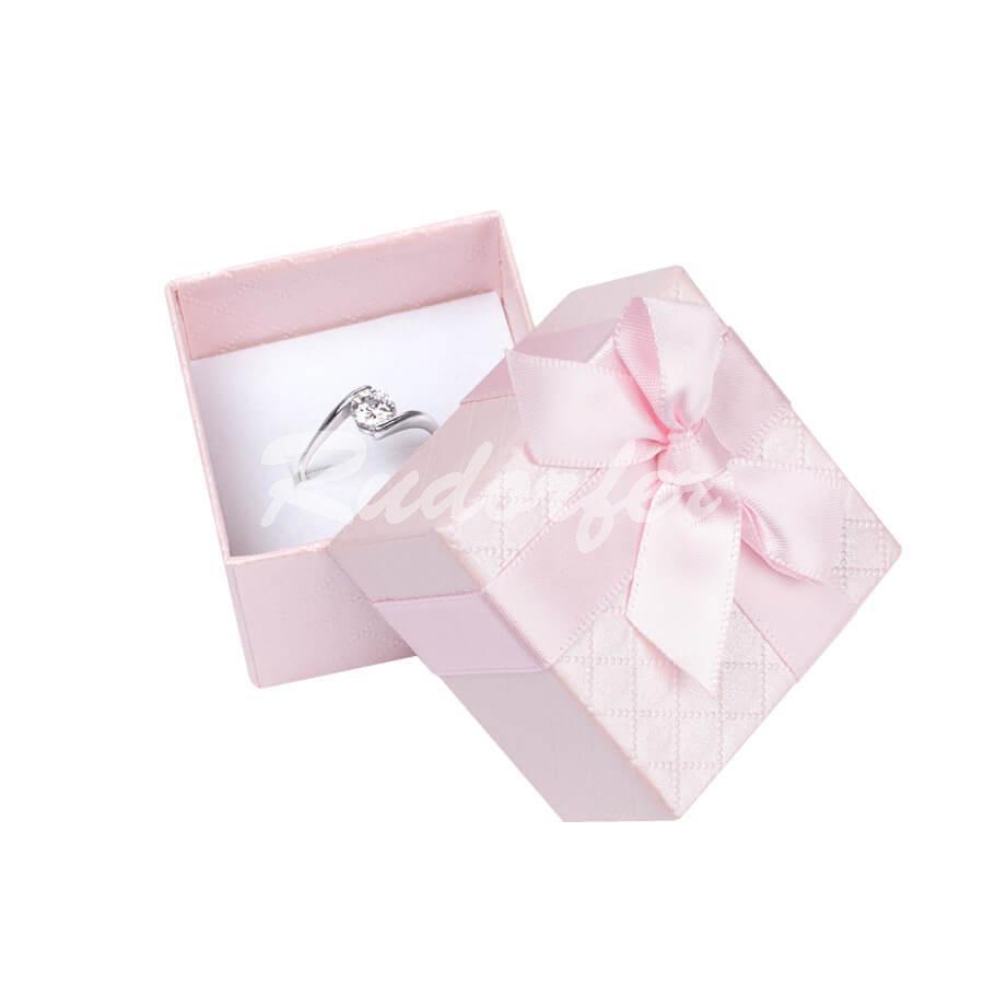 Cutie pentru inel din carton DREAM pe roz