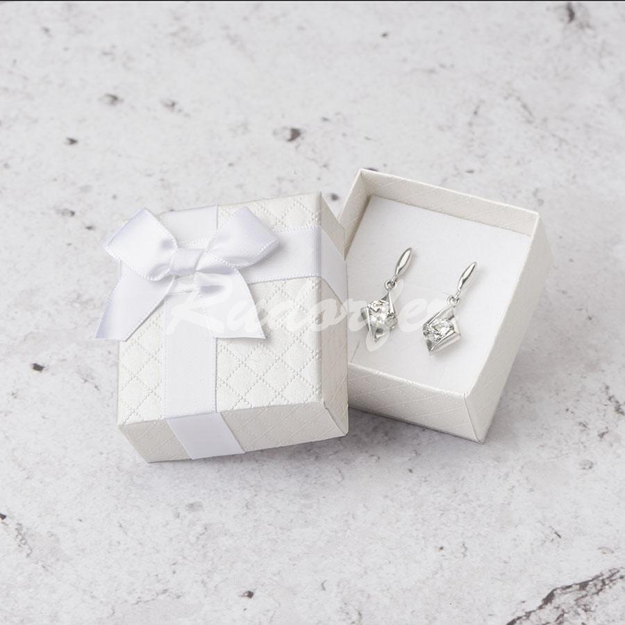 Cutie pentru cercei din carton DREAM pe alb