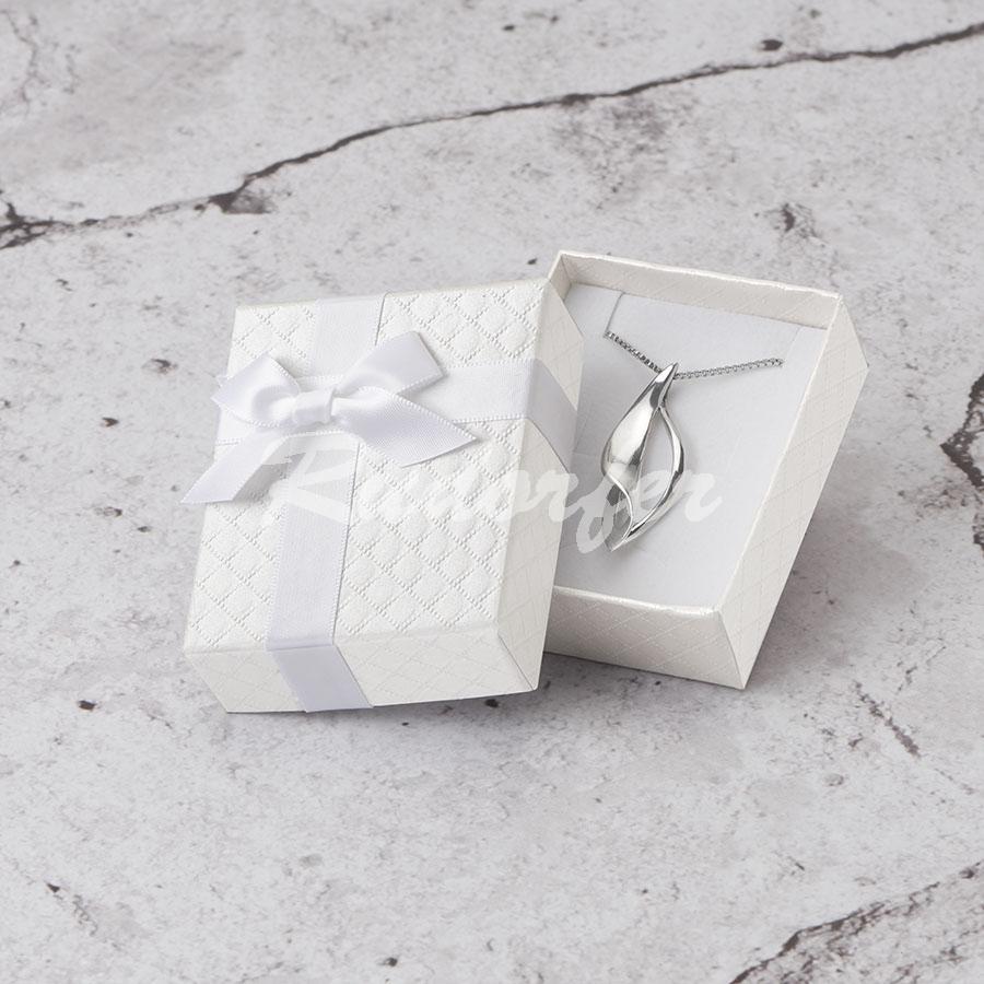 Cutie pentru inel si cercei din carton DREAM pe alb