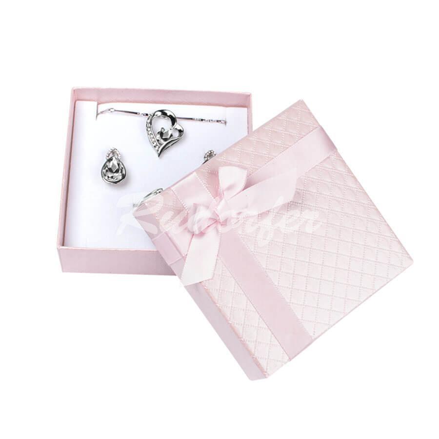 Cutie pentru seturi MIC din carton DREAM pe roz