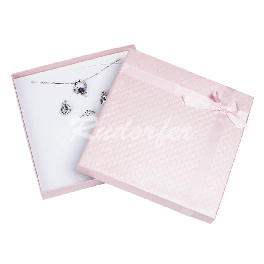 Cutie pentru seturi MARE din carton DREAM pe roz