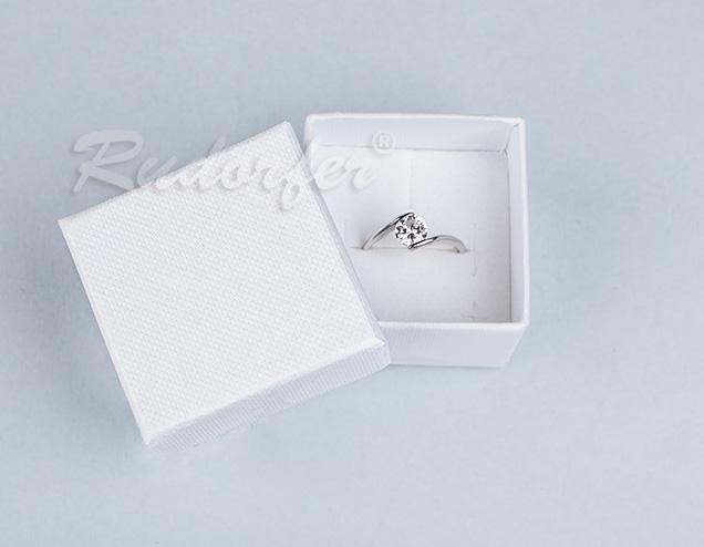 Cutie pentru inel din carton SOFIA pe alb